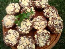 Muffinki z jabłkiem i kruszonką