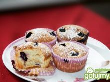 Muffinki z jagodami i borówką