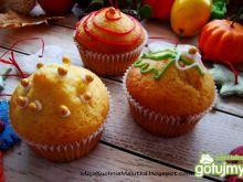Muffinki z konfiturą wiśniową