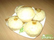 Muffinki z manną i dżemem