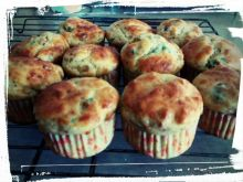 Muffinki z parmezanem