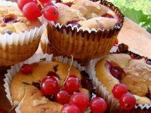 Muffinki z porzeczkami