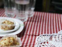 Muffinki z serem i brokułem