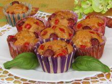 Muffinki z serem, papryką i kiełbaskami