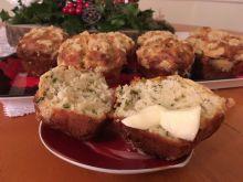 Muffinki z serem, szczypiorkiem i kruszonką