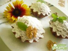 Muffinki z ziarnami i orzechami