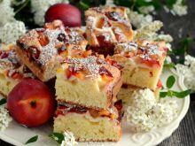 Muffinkowe ciasto z nektarynkami