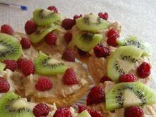 Muffiny biszkoptowe z budyniem i owocami