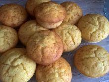 Muffiny jogurotwo-jabłkowe