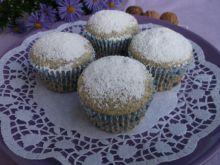 Muffiny makowe z orzechami