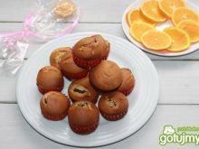 Muffiny o smaku pomarańcza z budyniem