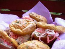 Muffiny śmietankowe z twarożkiem surimi