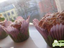 Muffiny w kwiatowych papilotkach