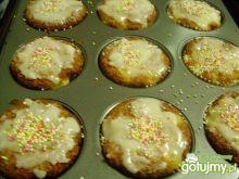 Muffiny z ananasem.