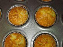 Muffiny z ananasem