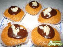 Muffiny z czekoladą i migdałami