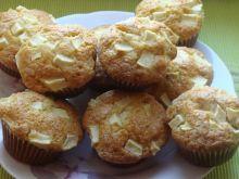Muffiny z jabłkiem