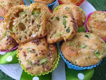 Muffiny z ricottą, ogórkiem i kurczakiem