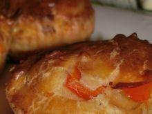Muffiny z szynką i żółtym serem