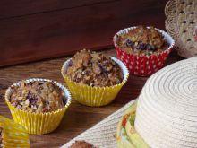 Muffiny z wiśniami i krokantem