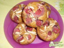 Mufinki  z truskawkami