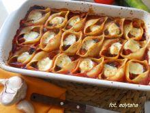 Muszle zapiekane w warzywnym sosie