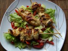 Musztardowy kurczak w towarzystwie warzyw