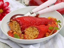 Nadziewana pieczona papryka z ryżem