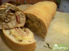 Nadziewana rolada chlebowa