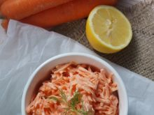 Najprostsza surówka z marchewki