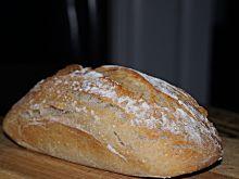 Najprostszy chleb pszenny na zakwasie
