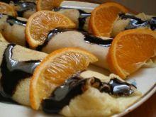 Naleśniki z czekoladą i pomarańczą