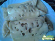 Naleśniki z pieczarkami zapiekane serem