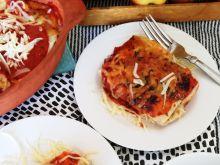 Naleśniki zapiekane w sosie pomidorowym