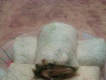 Naleśniki ze szpinakiem serem i szynką