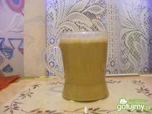 Napój mleczy z kofeiną.