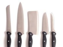 Noże i przybory