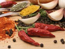 Obieranie papryczki chili