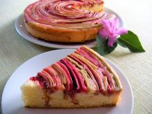 Odwracane ciasto z rabarbarem