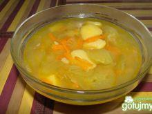 Ogórkowa z ziemniakami i marchewką.