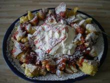 omlet cesarski z mussem truskawkowym