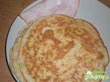 Omlet śniadaniowy z szynką puszysty