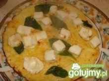 Omlet z fetą i bazylią