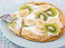 Omlet z jogurtem naturalnym i owocami