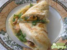 Omlet z kurkami i natką pietruszki
