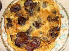 Omlet z opieńkami i cebulką