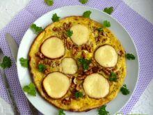 Omlet z oscypkiem i orzechami