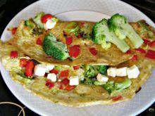 Omlet z papryką i brokułem