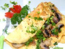 Omlet z pieczarkami i wędzonką