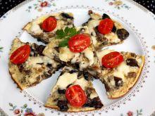 Omlet z serem i pieczarkami